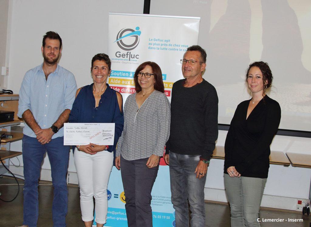 L'équipe Projet du Dr Filhol Cochet lors de la remise de chèque par le Gefluc Grenoble